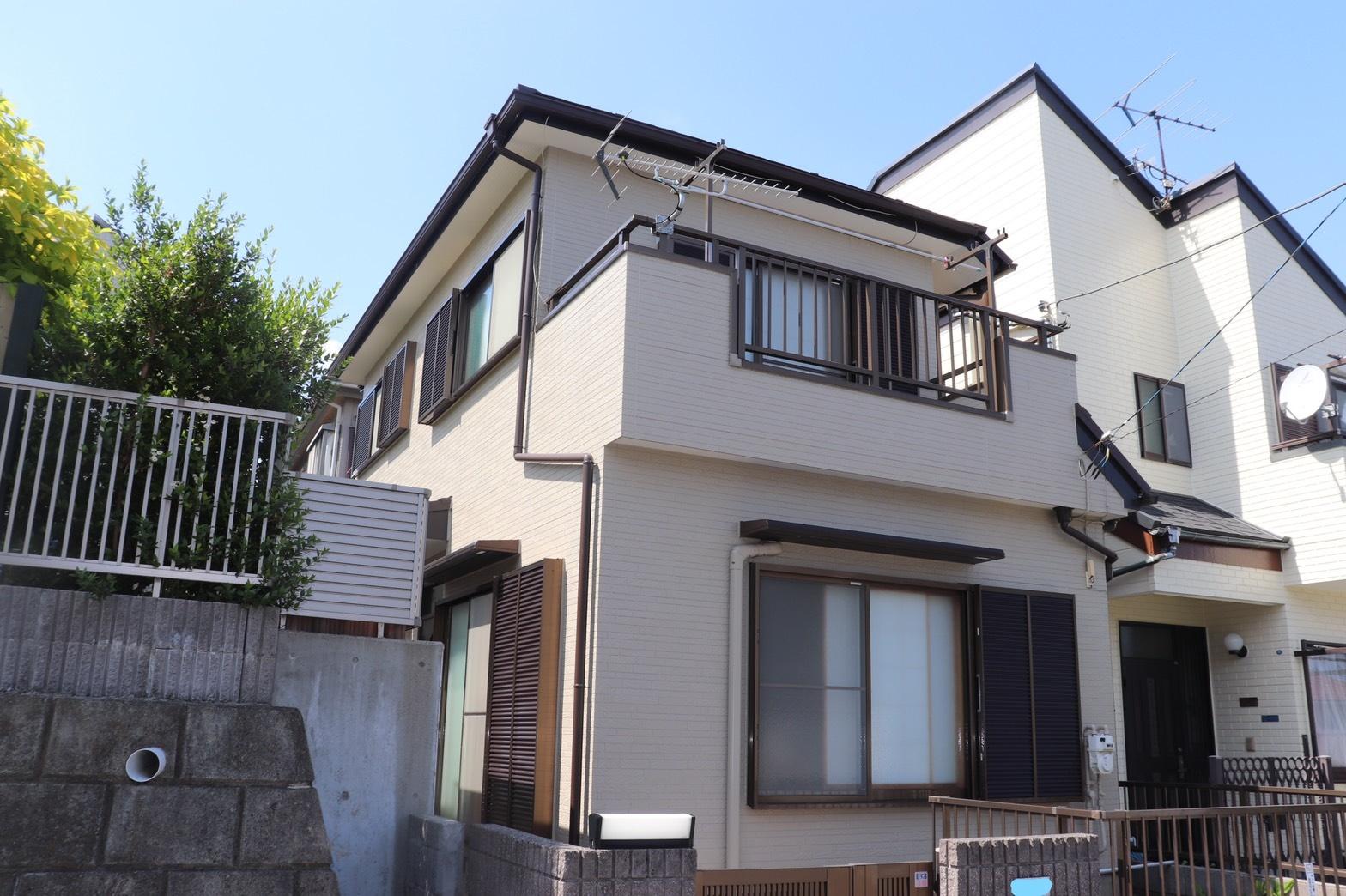 横浜市旭区中尾M・T様|外壁塗装,屋根カバー工法