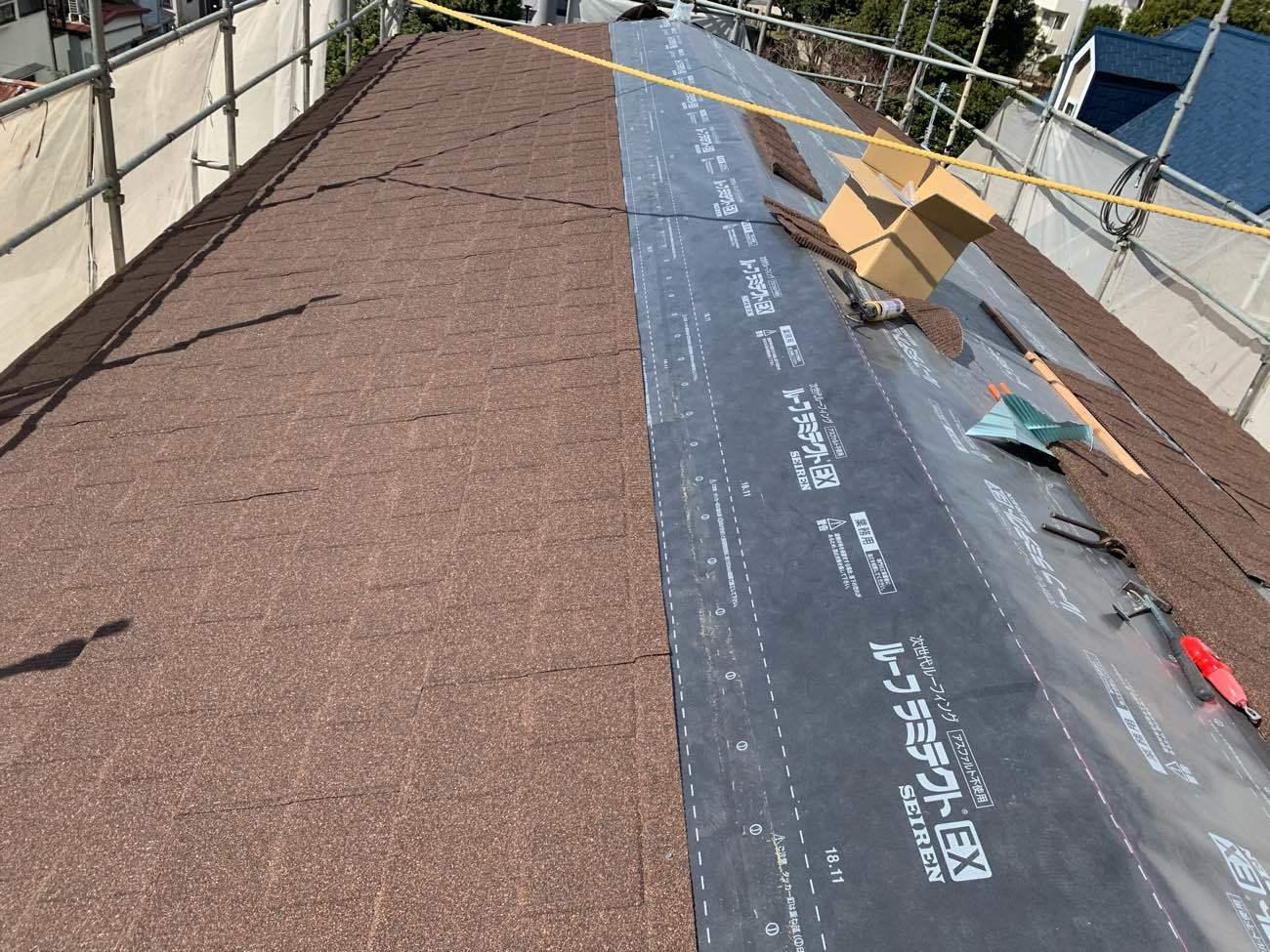 屋根葺き替え工事 SENATOR施工中